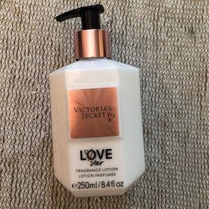 Victoria's Secret Love Star Lotion